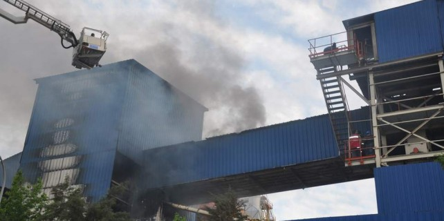 Bursa'da büyük fabrika yangını...