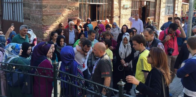 Bursa'da bombaya inat yerli turist akını...