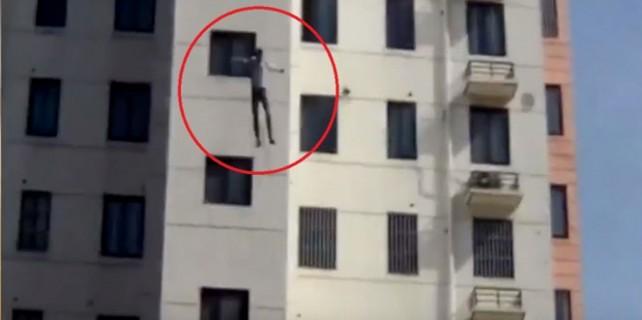 11 katlı binadan ölüme atladı!