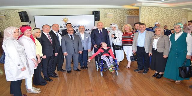 AK Parti Bursa'dan Engellilere moral