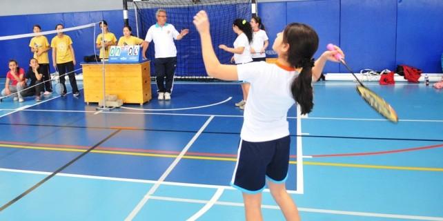 Badminton maçları nefes kesti