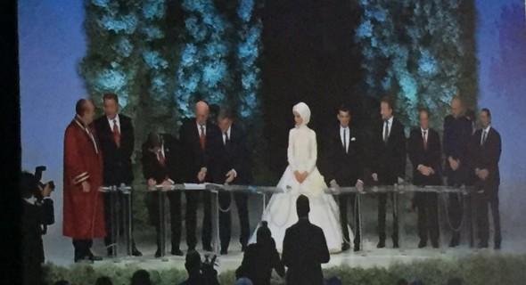 Yılın düğününde imzalar atıldı, işte ilk kareler