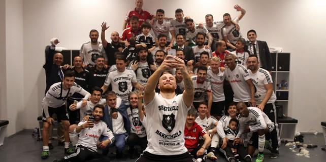 Beşiktaş'ın şampiyonluk pozu