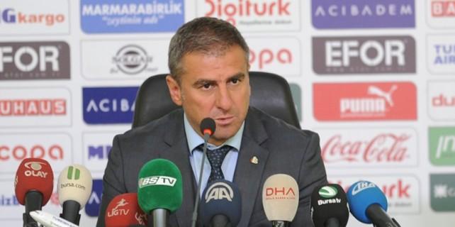 """Hamzaoğlu: """"Genç oyuncularımızı tebrik ediyorum"""""""