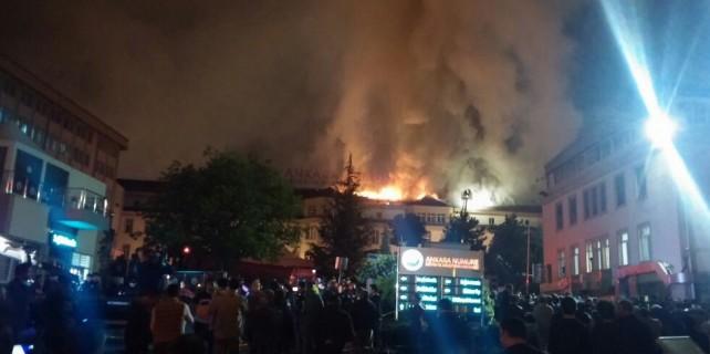 Numune Hastanesi'nde büyük yangın!