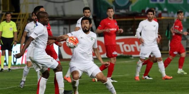 Bursaspor bir transfer daha yaptı...