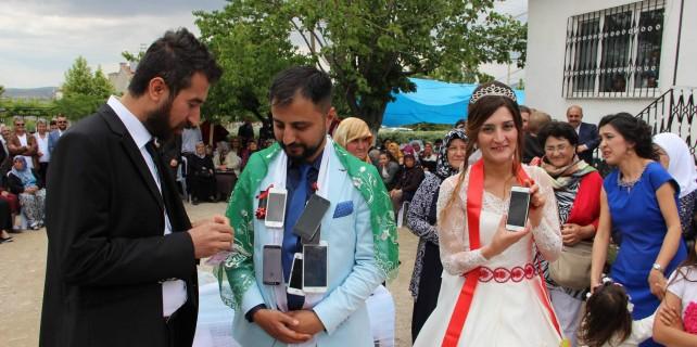 Böyle olur Iphone Osman'ın düğünü