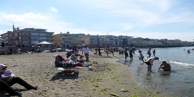 Havalar ısındı sahiller doldu taştı