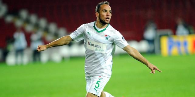 Belluschi Bursaspor'un teklifine cevap verdi