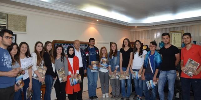 İznik Belediyesi'nden öğrencilere teşekkür belgesi