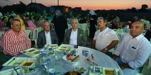 Bozbey Doğanköy'de Ramazan coşkusuna ortak oldu