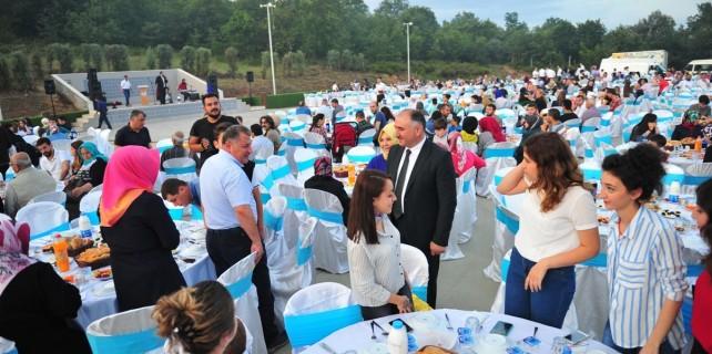 Orhangazi Belediyesi personeline iftar