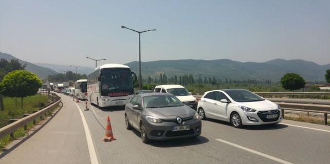 Bursa-İstanbul yolunda trafik çilesi