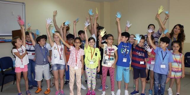 İlköğretim çocuklarına masal ve dil yolculuğu