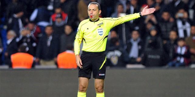 UEFA, 6 hakemi evine yolladı! Cüneyt Çakır...