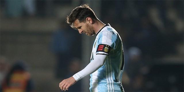 Messi'den şok karar!