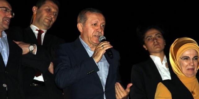 Erdoğan'dan Gülen'e: 'Senin lanetin tutmaz'