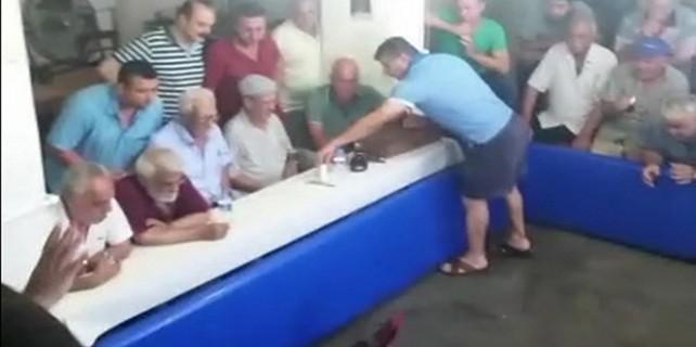 Polis horoz festivalini böyle bastı...