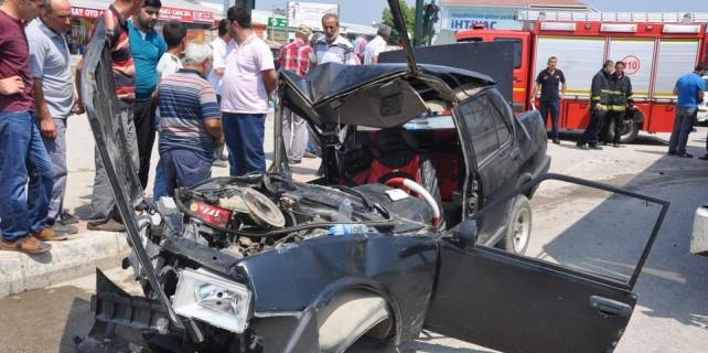 Bursa'da feci kaza...Bu araçtan sağ çıktı