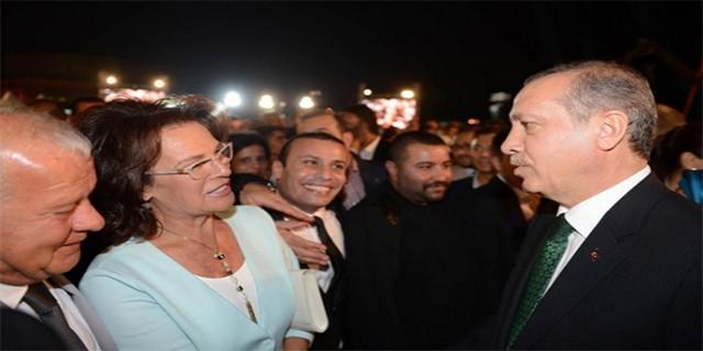 Ünlü sanatçıdan Cumhurbaşkanı Erdoğan'a övgü