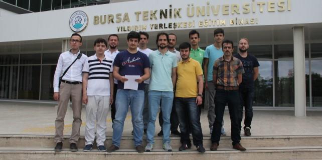BTÜ'lü öğrencilerden darbe girişimine tepki