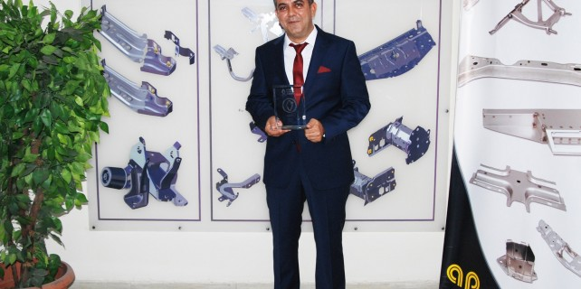 Renault kalite ödülü Ak Pres Otomotiv'in