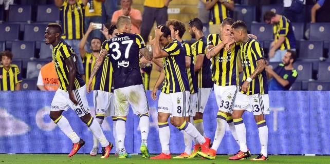Emenike coştu, Fenerbahçe kapıyı araladı