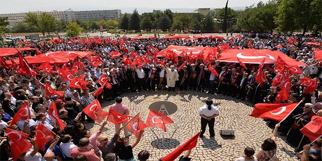 Uludağ Üniversitesi'nden terörü lanetleme yürüyüşü