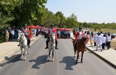 ULUDAĞ ÜNİVERSİTESİ'NDE FETÖ/PDY TERÖRÜNÜ LANETLEME YÜRÜYÜŞÜ