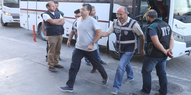 Bursa'da 29 FETÖ'cü hakim karşısında