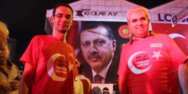Demokrasi nöbetine Bursa'dan enerji takviyesi