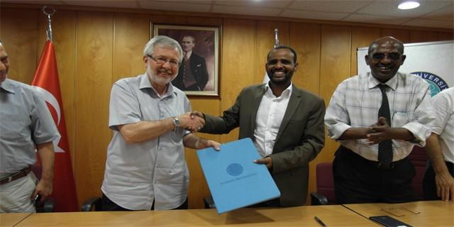 UÜ'den Frontier Üniversitesi'ne akademik destek