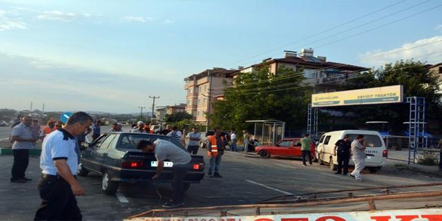 Bursa'da şok kaza! tam 4 araç birbirine girdi