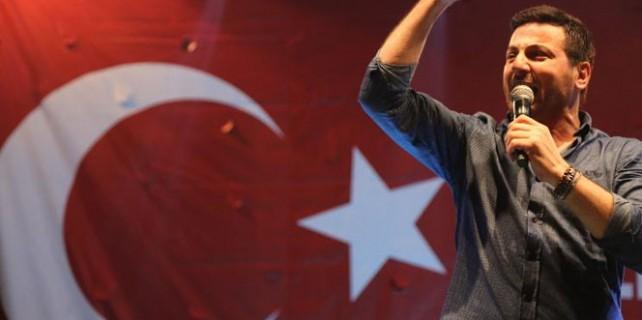 Davut Güloğlu'ndan sanatçılara sert tepki