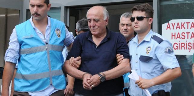 Hakan Şükür'e büyük şok!