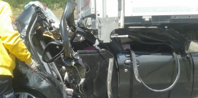 Şok eden kaza...4 kişi öldü