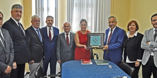 İTSO Heyeti'nden Türkiye'nin Minsk Büyükelçisi'ne ziyaret