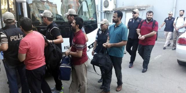 Bursa'da FETÖ'ye şok...22 imamı adliyeye sevk edildi
