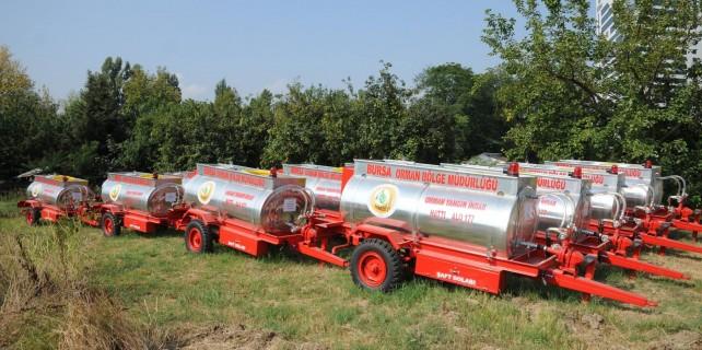 Orman köylerine su tankerleri dağıtılıyor