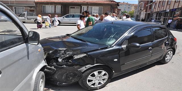Bursa'da kaza anı kamerada