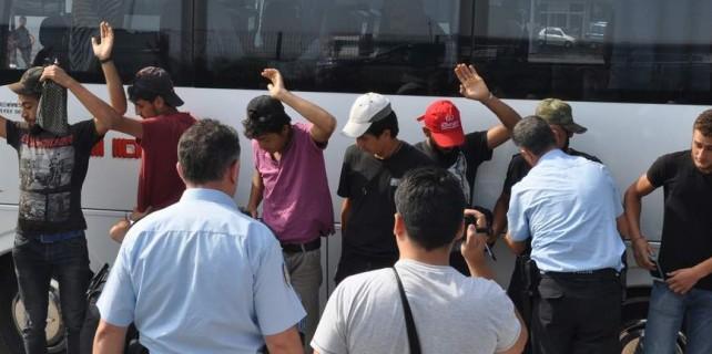 Bursa'da yolcu otobüsünde sıcak saatler