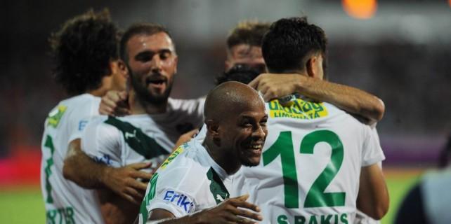 Bursaspor'a gelen seviye atlıyor
