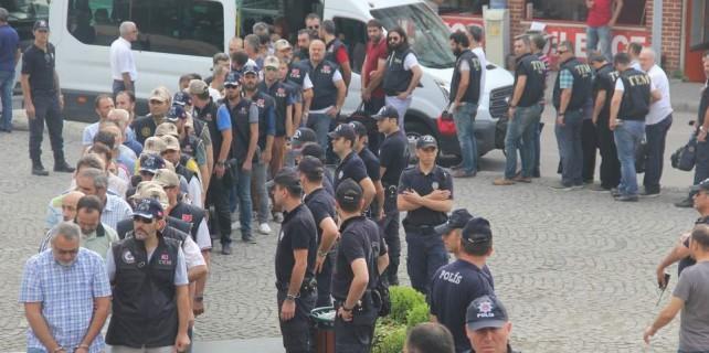Bursa'da FETÖ'nün emniyet ayağı çökertildi
