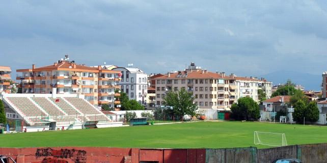 Mudanyaspor'a kendi stadının kapıları kapandı