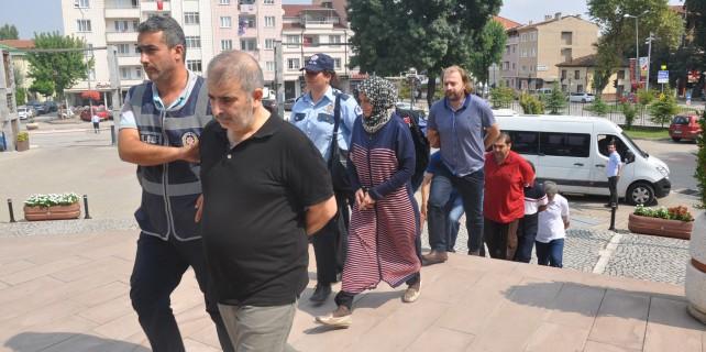 Bursa'da FETÖ'cü öğretmen ve iş adamları adliyede