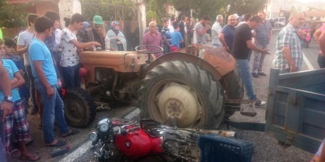 Bursa'da feci kaza...Baba ile oğul yaralandı
