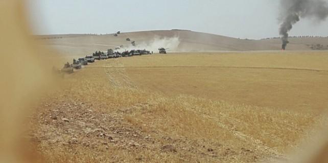 Türk askeri Cerablus'a ulaştı...İşte ilk görüntüler