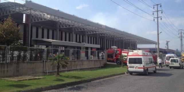 Bursa'da boya fabrikasında yangın paniği...