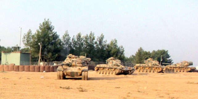 DAEŞ ve YPG'ye püskürtme