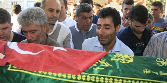 Kazada hayatını kaybeden küçük Harun'a hüzünlü veda
